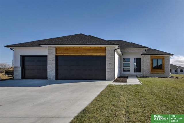9632 S 34th Street, Lincoln, NE 68516 (MLS #21926543) :: Lincoln Select Real Estate Group