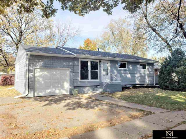 240 W Saunders Avenue, Lincoln, NE 68521 (MLS #21926660) :: Omaha's Elite Real Estate Group