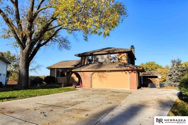 11426 Grand Circle, Omaha, NE 68164 (MLS #21926661) :: Nebraska Home Sales