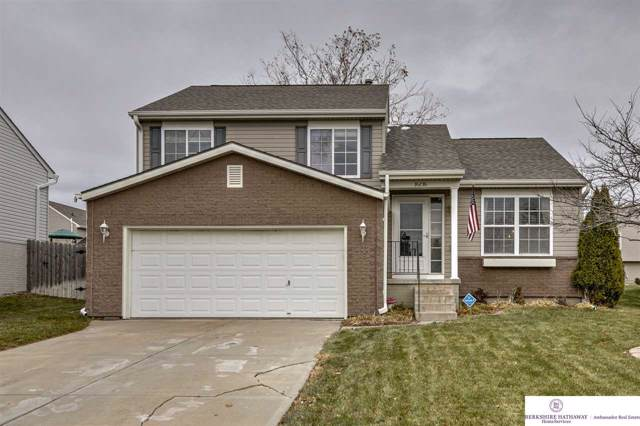 16016 Robin Drive, Omaha, NE 68136 (MLS #21926992) :: One80 Group/Berkshire Hathaway HomeServices Ambassador Real Estate