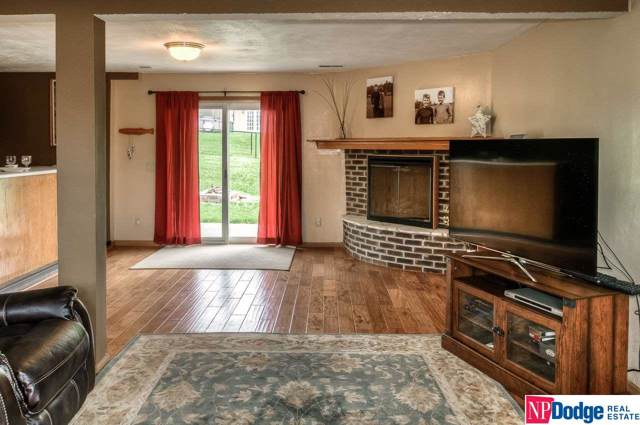 4774 Hiland Drive, Blair, NE 68008 (MLS #21927019) :: One80 Group/Berkshire Hathaway HomeServices Ambassador Real Estate
