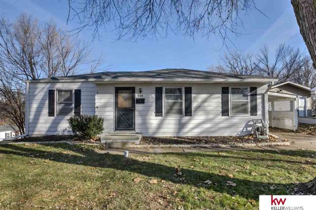 839 N 77th Avenue, Omaha, NE 68114 (MLS #21928447) :: Omaha Real Estate Group