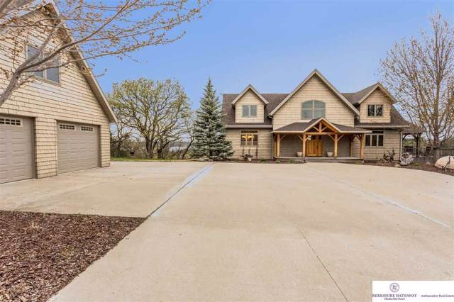 8 East Circle, Crofton, NE 68730 (MLS #21928523) :: Dodge County Realty Group