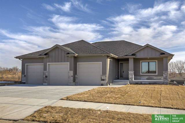 2701 N 185th Street, Elkhorn, NE 68022 (MLS #21929056) :: Omaha Real Estate Group