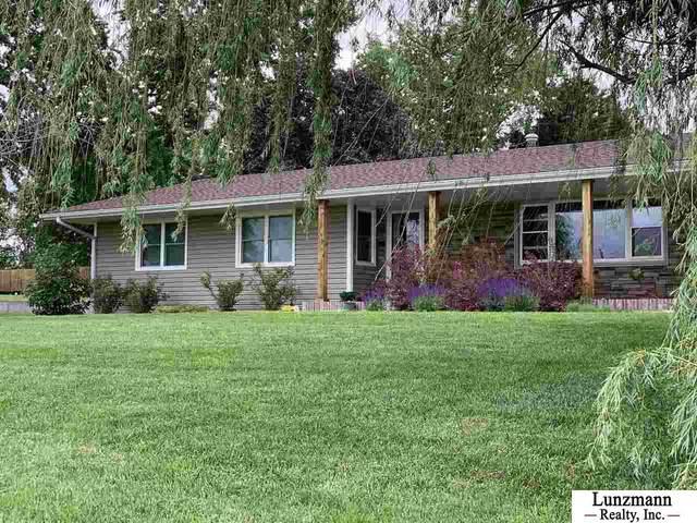 1051 Central Avenue, Humboldt, NE 68376 (MLS #21929328) :: kwELITE