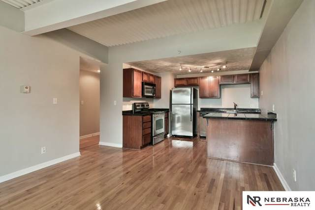 105 N 31 Avenue #608, Omaha, NE 68131 (MLS #22000508) :: One80 Group/Berkshire Hathaway HomeServices Ambassador Real Estate