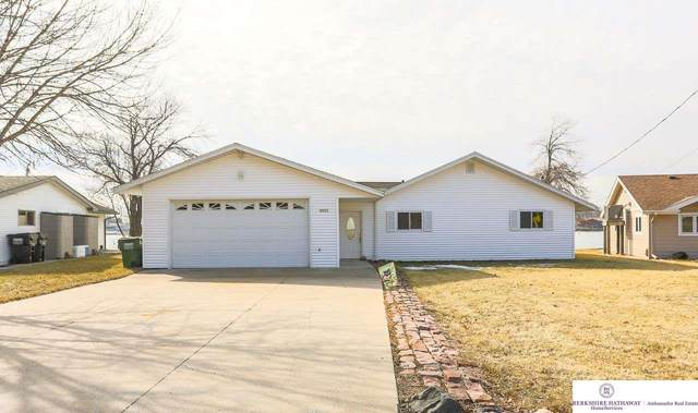 3015 Crystal Drive, Bellevue, NE 68123 (MLS #22000855) :: Complete Real Estate Group
