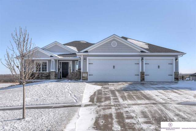 3236 Rawhide Drive, Lincoln, NE 68507 (MLS #22001465) :: Coldwell Banker NHS Real Estate