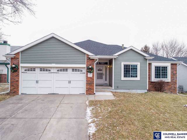 724 W Burt Drive, Lincoln, NE 68521 (MLS #22001468) :: Omaha's Elite Real Estate Group