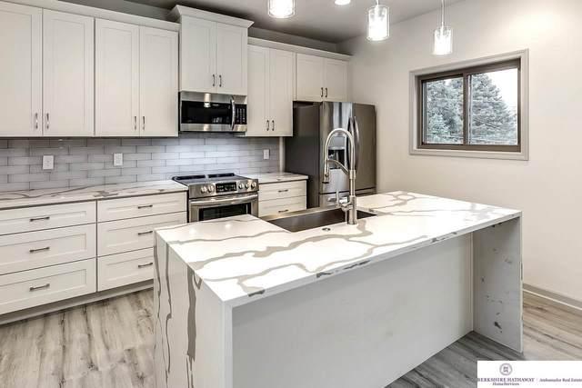 6421 Girard Street, Omaha, NE 68152 (MLS #22001818) :: Omaha Real Estate Group