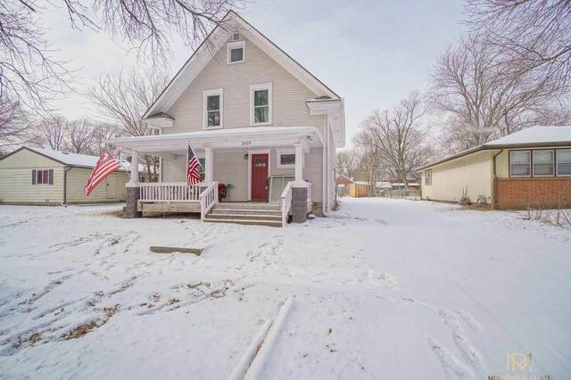 2105 Griffith Street, Lincoln, NE 68503 (MLS #22002644) :: Dodge County Realty Group