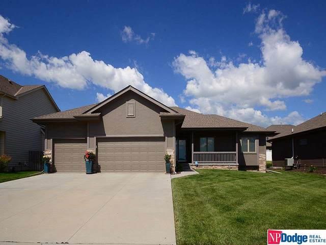 1402 N 180 Avenue, Elkhorn, NE 68022 (MLS #22002789) :: Capital City Realty Group