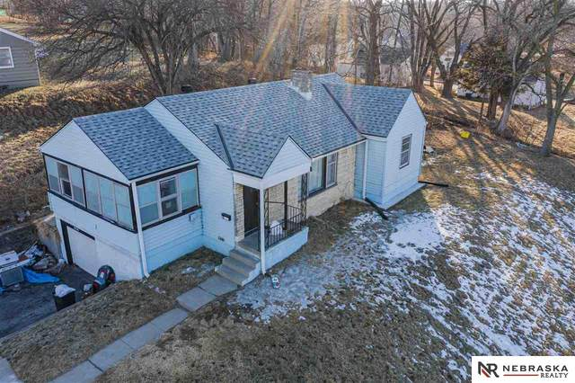 3956 N 40 Street, Omaha, NE 68111 (MLS #22003106) :: Capital City Realty Group