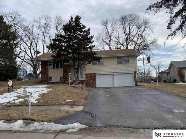6223 Vane Street, Omaha, NE 68152 (MLS #22003179) :: Dodge County Realty Group