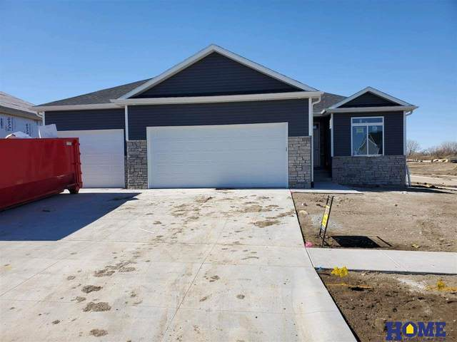 1629 NW 52nd Street, Lincoln, NE 68528 (MLS #22003632) :: Dodge County Realty Group