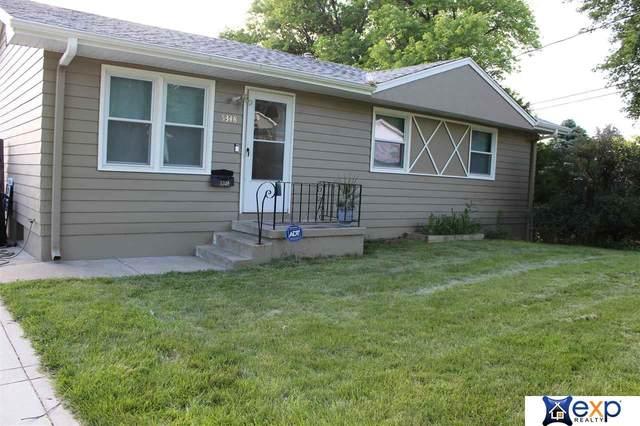 5348 N 64 Street, Omaha, NE 68104 (MLS #22003765) :: kwELITE