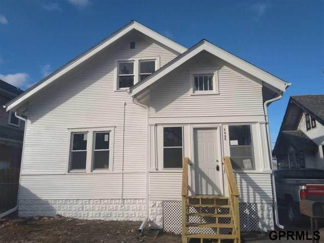 2886 Bauman Avenue, Omaha, NE 68112 (MLS #22004227) :: Omaha Real Estate Group