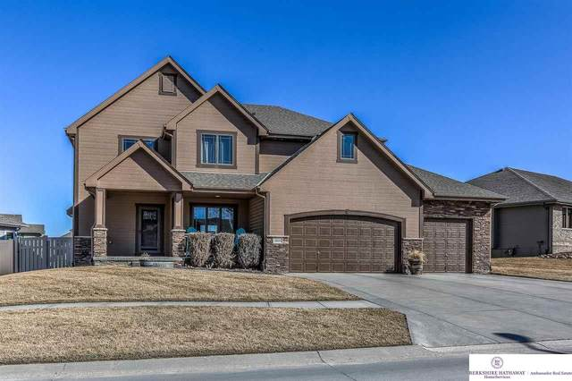 19510 Bellbrook Boulevard, Gretna, NE 68028 (MLS #22004407) :: The Briley Team