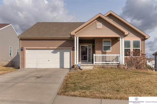 9001 N 156 Avenue, Bennington, NE 68007 (MLS #22004499) :: The Briley Team