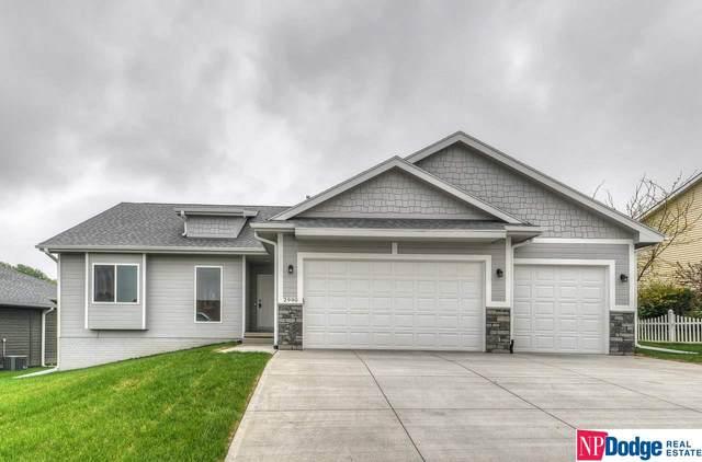 2990 Ravae Lane, Blair, NE 68008 (MLS #22004640) :: One80 Group/Berkshire Hathaway HomeServices Ambassador Real Estate