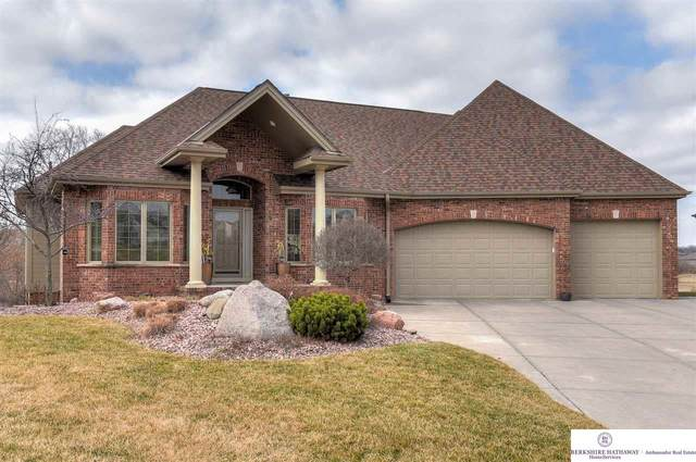6721 Clear Creek Circle, Papillion, NE 68133 (MLS #22006044) :: Dodge County Realty Group