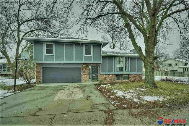 1405 N 149 Court, Omaha, NE 68154 (MLS #22006293) :: Dodge County Realty Group