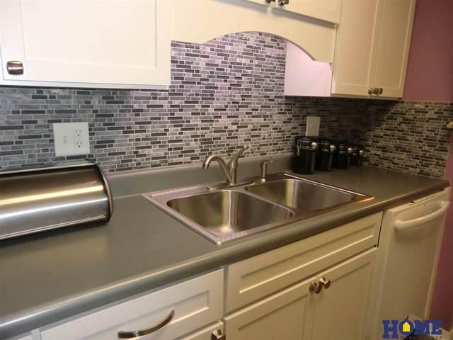 4000 S 56th Street 252B, Lincoln, NE 68506 (MLS #22007073) :: Catalyst Real Estate Group