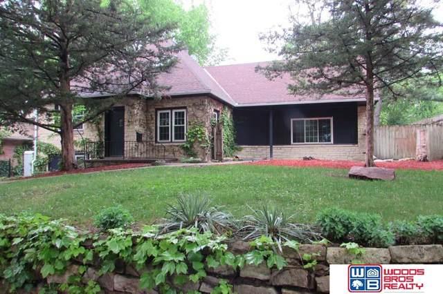 2210 Van Dorn Street, Lincoln, NE 68502 (MLS #22007086) :: Lincoln Select Real Estate Group