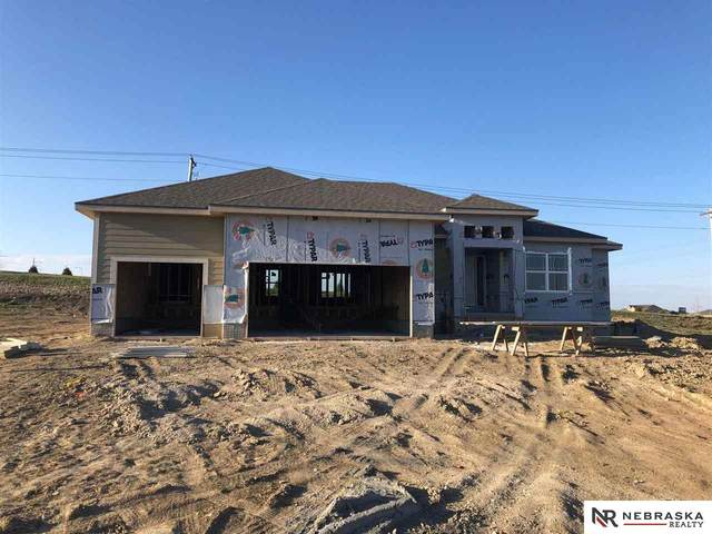 11302 Port Royal Drive, Papillion, NE 68046 (MLS #22007110) :: One80 Group/Berkshire Hathaway HomeServices Ambassador Real Estate