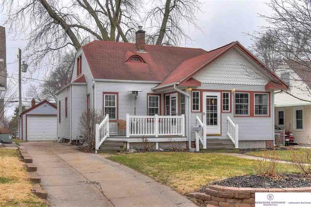 4449 Woolworth Avenue, Omaha, NE 68105 (MLS #22007160) :: Dodge County Realty Group