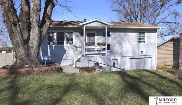 3611 S 89 Street, Omaha, NE 68124 (MLS #22007478) :: Cindy Andrew Group