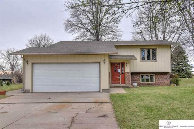 2680 Crestwood Drive, Fremont, NE 68025 (MLS #22007649) :: One80 Group/Berkshire Hathaway HomeServices Ambassador Real Estate