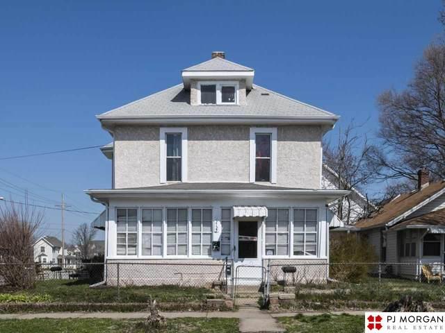 2122 Ohio Street, Omaha, NE 68110 (MLS #22007795) :: Cindy Andrew Group