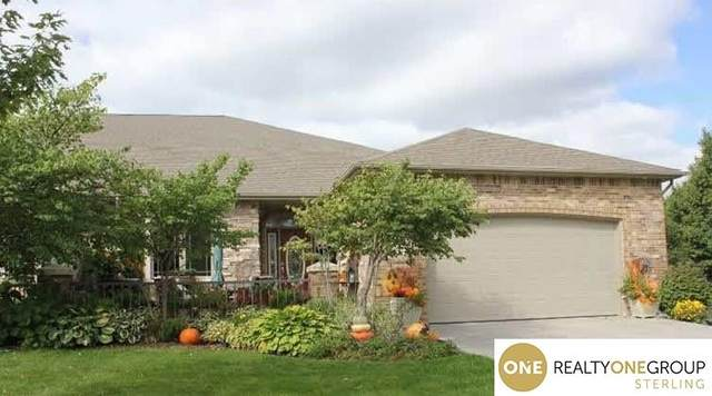 2101 S 66Th. Street, Lincoln, NE 68506 (MLS #22008172) :: kwELITE