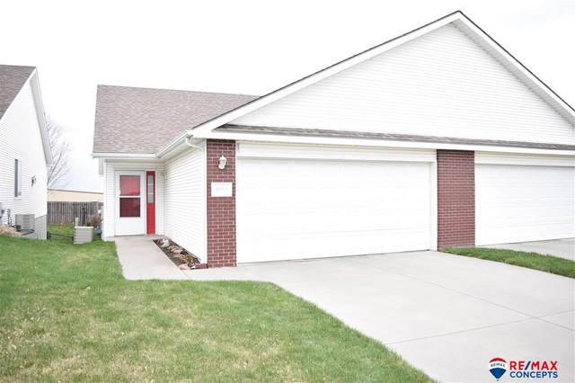 4124 N 25th Street, Lincoln, NE 68521 (MLS #22008241) :: Lincoln Select Real Estate Group