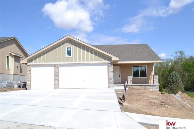 452 Eastwood Drive, Louisville, NE 68037 (MLS #22008553) :: Cindy Andrew Group