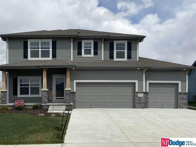 11 Boxelder Street, Council Bluffs, IA 51503 (MLS #22008793) :: One80 Group/Berkshire Hathaway HomeServices Ambassador Real Estate