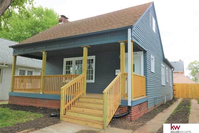 2426 Bauman Avenue, Omaha, NE 68112 (MLS #22008851) :: One80 Group/Berkshire Hathaway HomeServices Ambassador Real Estate