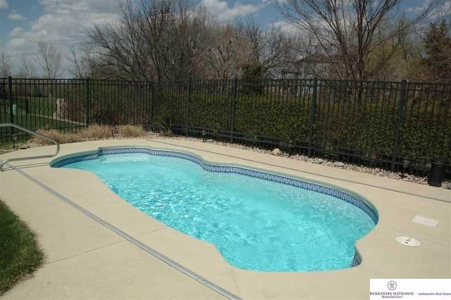 2251 Stillwater Drive, Papillion, NE 68046 (MLS #22009288) :: One80 Group/Berkshire Hathaway HomeServices Ambassador Real Estate