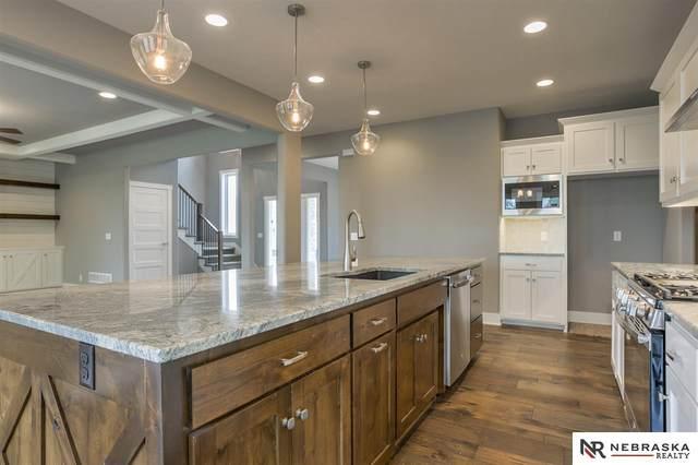 22629 Ponderosa Road, Gretna, NE 68028 (MLS #22009446) :: One80 Group/Berkshire Hathaway HomeServices Ambassador Real Estate