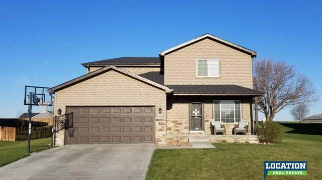 1305 Ridge Road, Hickman, NE 68372 (MLS #22009796) :: Dodge County Realty Group