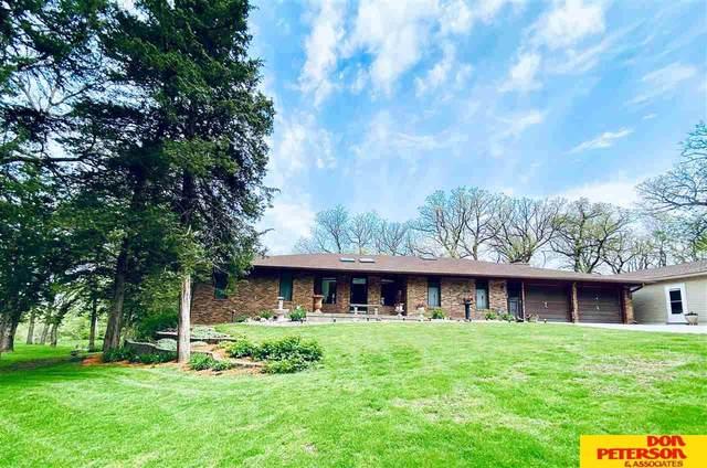 27612 Fontanelle Oaks Lane, Nickerson, NE 68044 (MLS #22009825) :: One80 Group/Berkshire Hathaway HomeServices Ambassador Real Estate