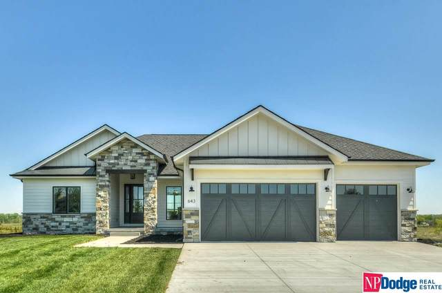 643 S 243 Street, Waterloo, NE 68069 (MLS #22009852) :: The Briley Team