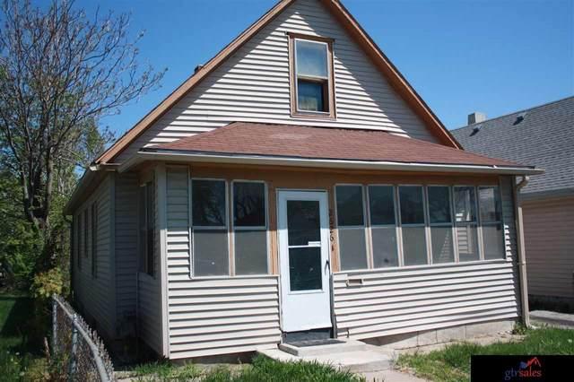 2626 Blondo Street, Omaha, NE 68111 (MLS #22010468) :: Catalyst Real Estate Group