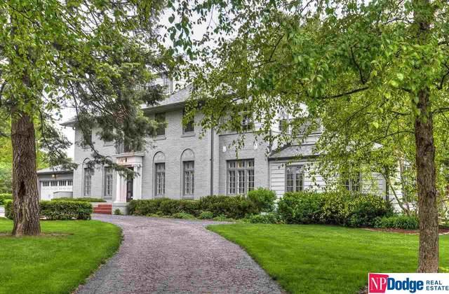 8330 Loveland Drive, Omaha, NE 68124 (MLS #22011242) :: Catalyst Real Estate Group