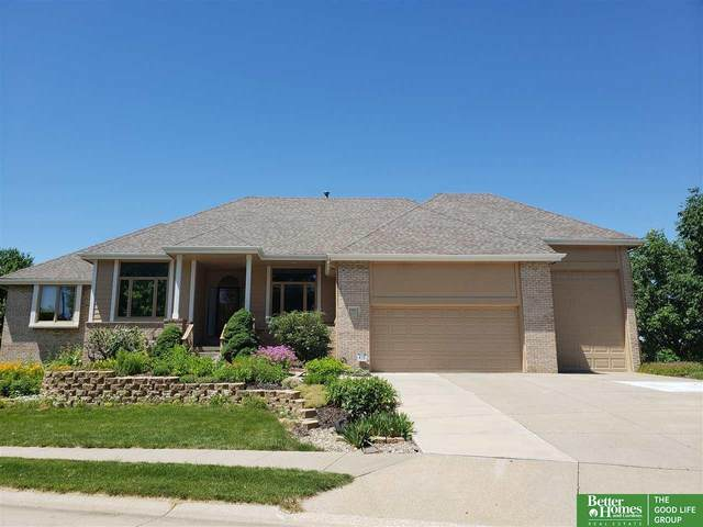 15052 Boyd Street, Omaha, NE 68116 (MLS #22011264) :: Omaha Real Estate Group