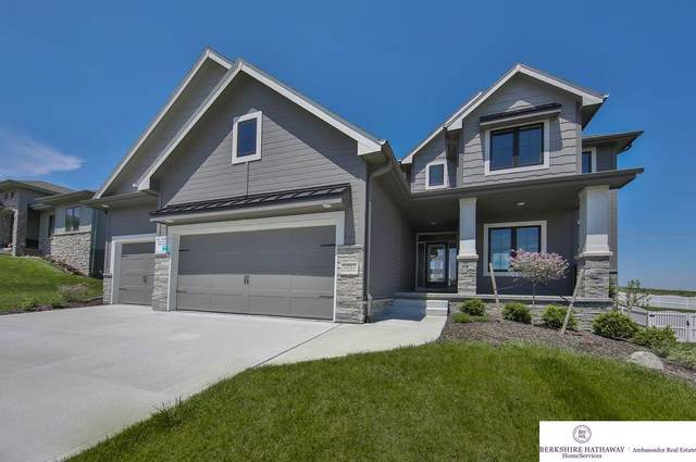 12012 Windward Avenue, Omaha, NE 68138 (MLS #22011363) :: Dodge County Realty Group