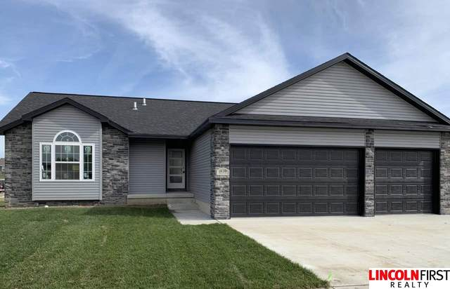1820 NW 54Th Street, Lincoln, NE 68528 (MLS #22011447) :: Capital City Realty Group