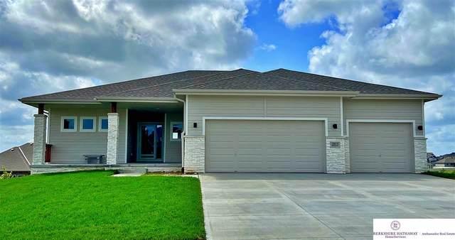 6722 S 200th Avenue, Omaha, NE 68135 (MLS #22011783) :: Stuart & Associates Real Estate Group