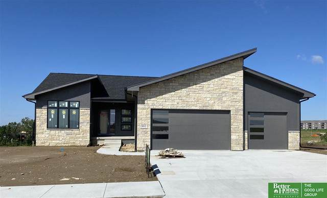 3012 N 183rd Street, Elkhorn, NE 68022 (MLS #22011989) :: The Briley Team